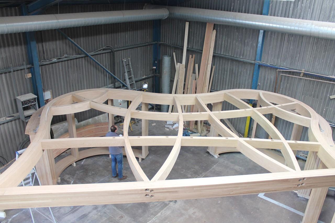 curved-oak-glulam