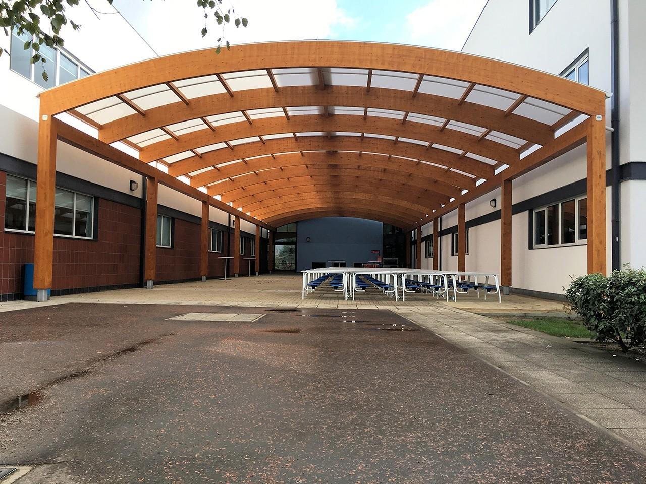curved-glulam-canopy